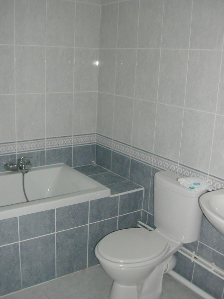 Decoration salle de bain simple for Salle bain decoration